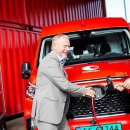 Den offisielle åpningen av Postens Oslo City Hub ble foretatt av Postens konsernsjef Tone Wille og byrådsleder Raymond Johansen.